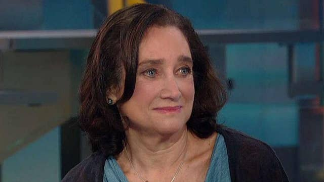 Entrepreneur Frayda Levin shares message to college grads who think 'luck' leads to success