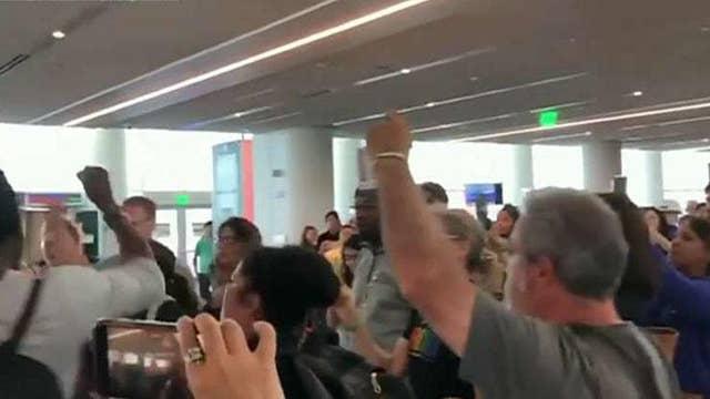 Leftist mob confronts Sen. Ted Cruz at airport