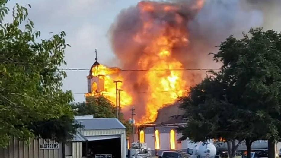 Raw video: Raging fire burns through Texas church