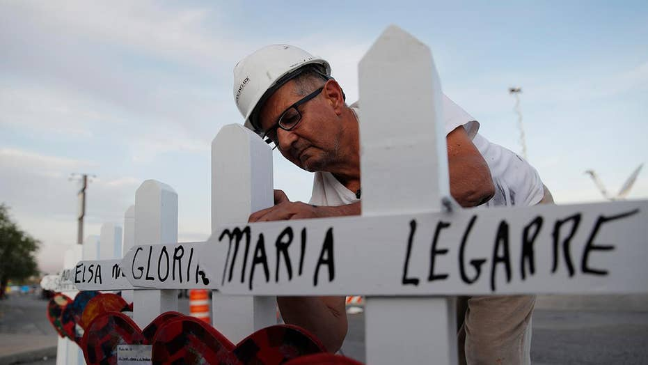 Illinois man travels to El Paso to lay crosses for the shooting victims