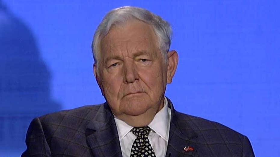 Bill Bennett on 2020 Democrats' free money proposals: 'This is bribery'