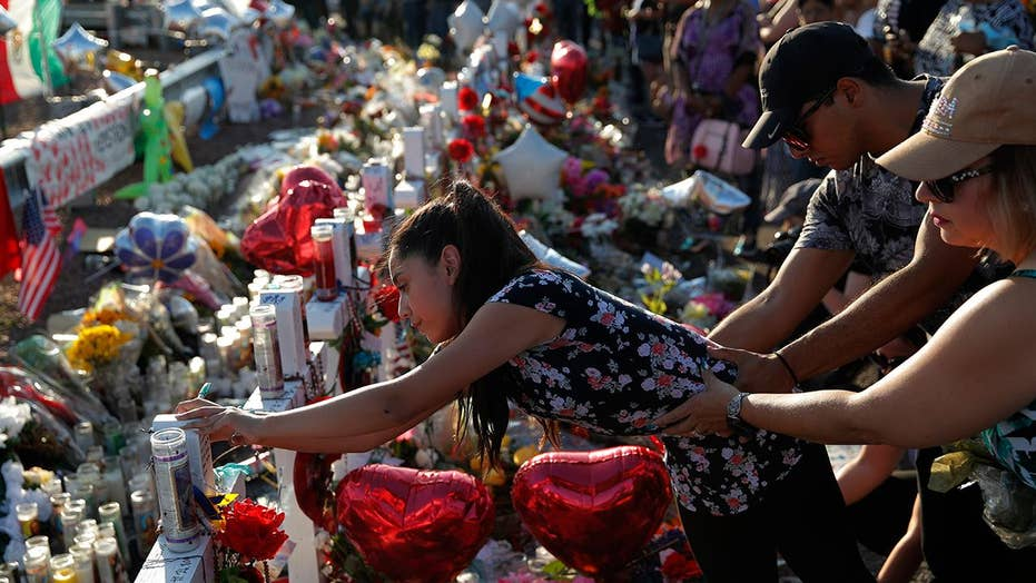 Kacey Musgraves makes a plea for gun control at a concert following mass shootings