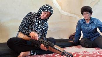 Kurdish-Syrian 'feminists' form giant human shield