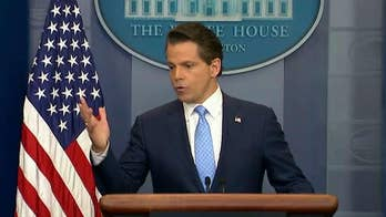 Scaramucci says some ex-Trump aides back his criticisms of president