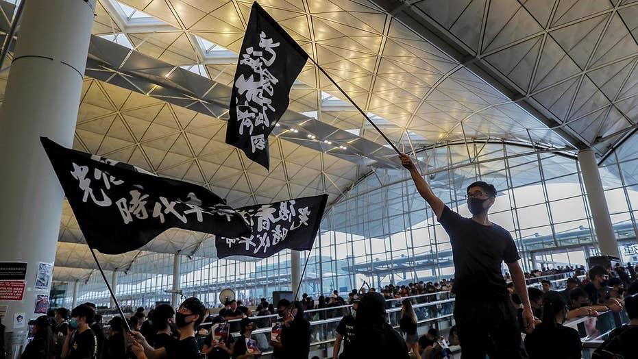 Protesters shut down Hong Kong International Airport