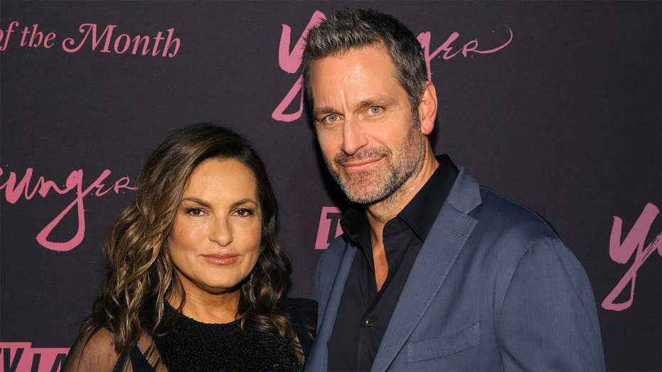 'Younger' star Peter Hermann gets candid on his 15-year marriage to Mariska Hargitay: 'We got this'