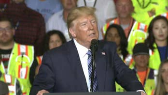 Trump goes after Warren, Biden while courting working class in Pennsylvania