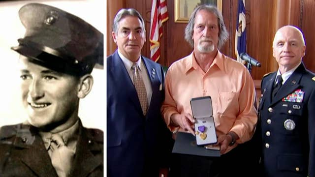 Raw video: Family of fallen Marine presented with Medal of Liberty 77 years after his death