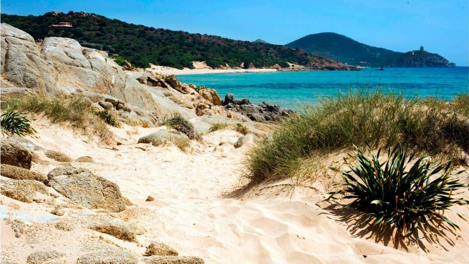 Report: French couple could face jail for taking sand from Italian beach