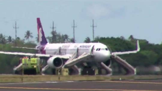 Passengers hospitalized after Hawaiian Airlines plane fills with smoke