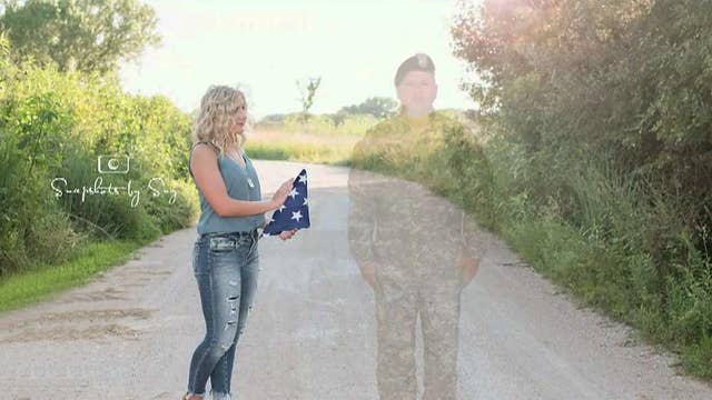 Teen honors father killed in Afghanistan with special graduation photos