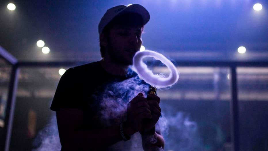 CDC warns against vaping after mysterious spike in lung illnesses