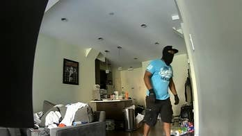 Raw video: Footage shows Kevin Spillane's house being robbed