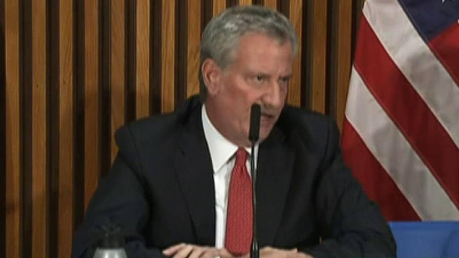 NYC Mayor De Blasio may end presidential campaign if he doesn't make October debate stage