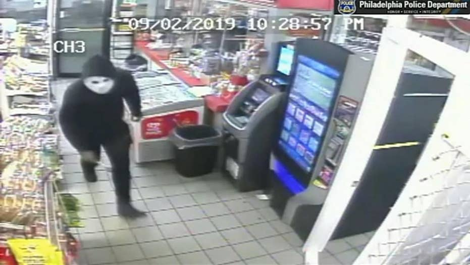 Video shows masked man attacking Pennsylvania gas station worker with hammer during robbery, police say