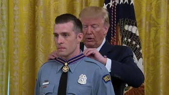 Trump awards Medal of Valor to Dayton police officers, commendations to El Paso first responders
