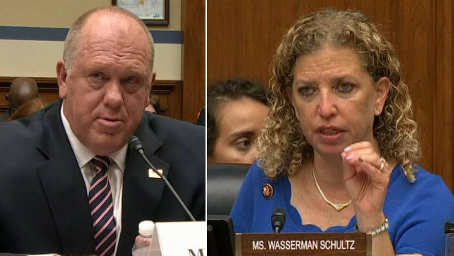 Former ICE director shoots down Wasserman Schultz in heated exchange over deferred action