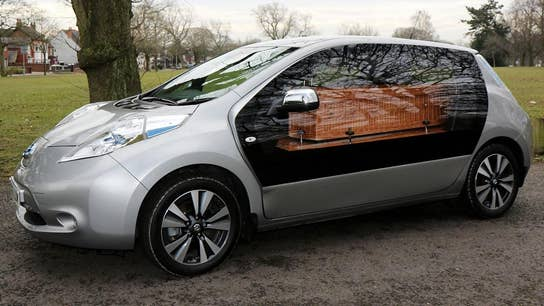 Electric Nissan hearse, a new green alternative for funerals