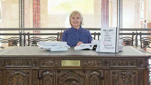 Hillary Clinton reads her emails for an hour at art exhibit
