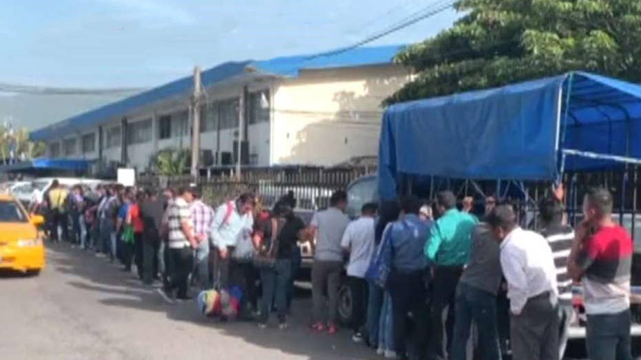 ICE to resume detaining migrant families at facility near San Antonio