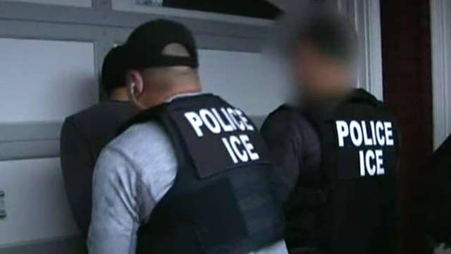 DHS reacts to Chicago Police Department memo instructing officers not to aid ICE