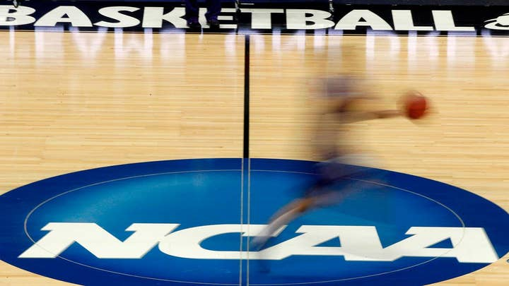 California governor signs bill allowing college athletes to hire agents, earn money from endorsements