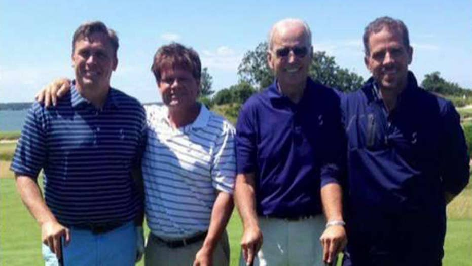 'Tucker Carlson Tonight' obtains photo of Joe Biden golfing with his son and Ukranian business partner