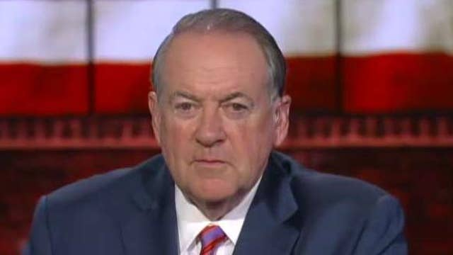 Mike Huckabee says Democrats are trying to delegitimize President Trump's election