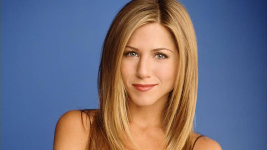 Jennifer Aniston explains because she incited down a mark on 'Saturday Night Live'