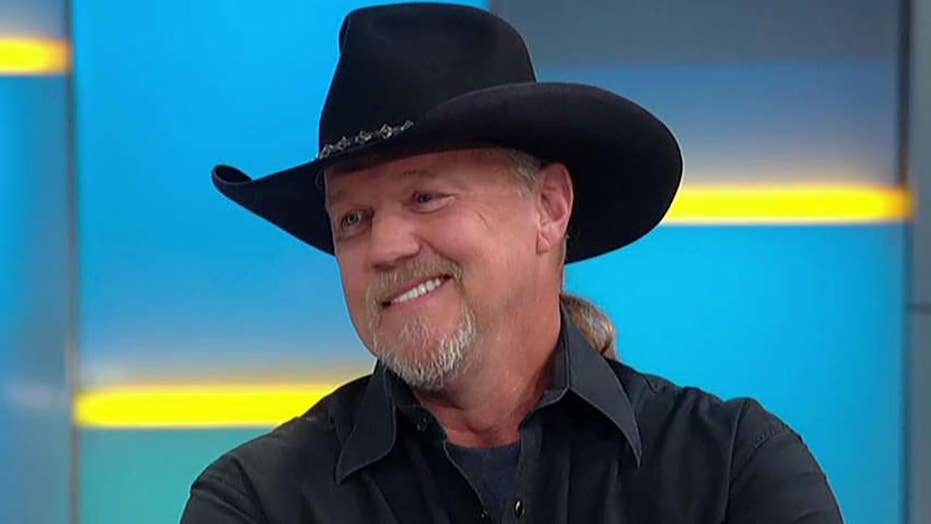 Trace Adkins judges America's top cowboys in new competition series