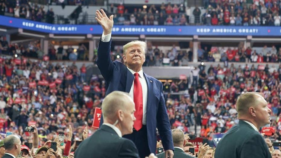 Liz Peek: Despite impeachment talk, Dems will still have trouble beating President Trump in 2020