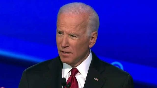 Impeachment, Syria, attacks on Warren highlight Democrat debate in Ohio