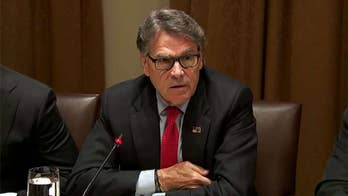 Rick Perry announces plans to resign as energy secretary