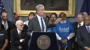Raw video: Mayor Bill deBlasio makes remarks following vote to close Riker's Island prison