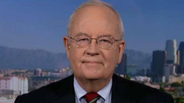 Ken Starr: Impeachment probe should be public