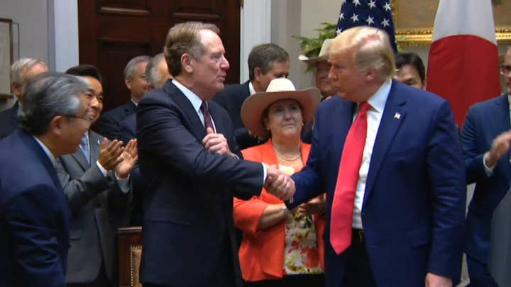 Trump expresses confidence in economy, Syria decision amid impeachment talk