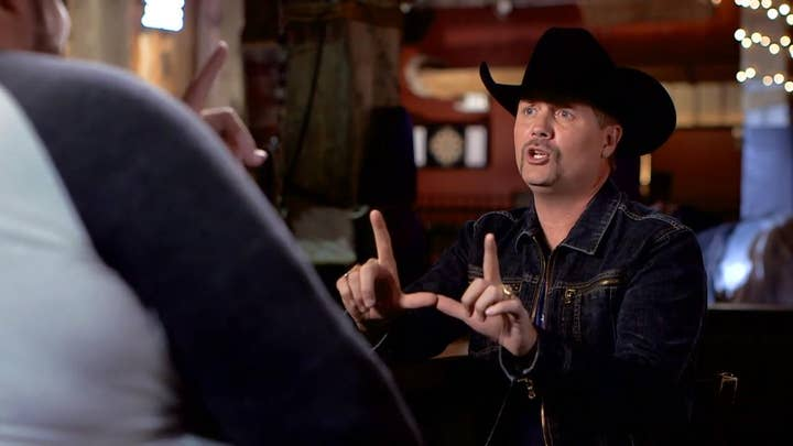 Watch: County Star John Rich does perfect impersonation of President Trump