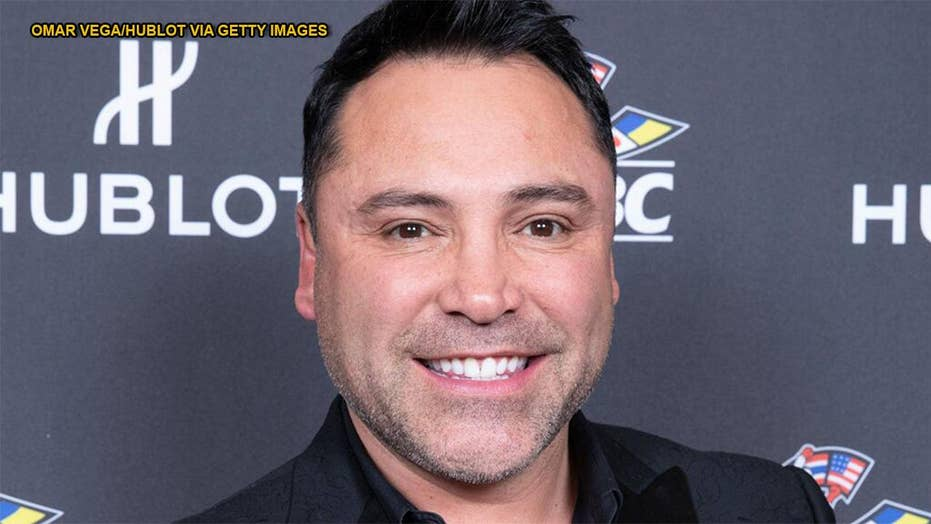 Hall of Fame boxer Oscar De La Hoya accused of sexual assault in California lawsuit