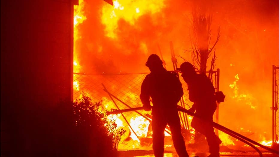 Blackouts and wildfires have Calif. residents drawing up moving plans