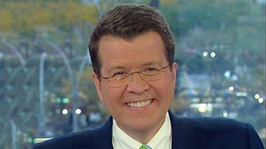 Neil Cavuto crunches the numbers of Elizabeth Warren's $52 trillion Medicare for all plan