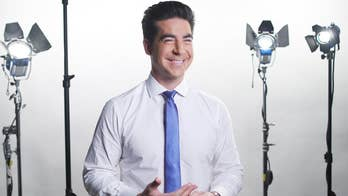 Jesse Watters reveals favorite Thanksgiving traditions, how he avoids the post-meal cleanup