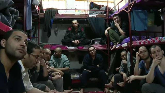 Turkey begins repatriating ISIS militants