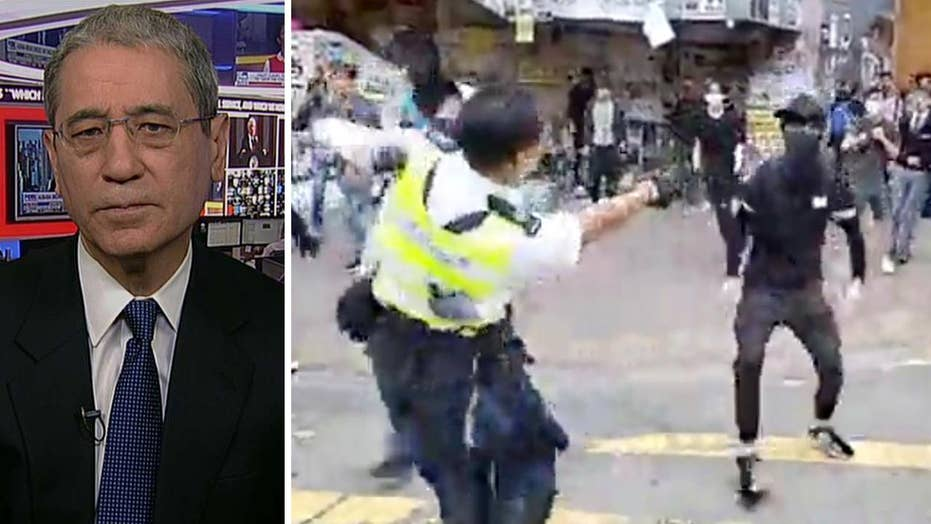 Gordon Chang: Hong Kong protesters and police engaged in open warfare