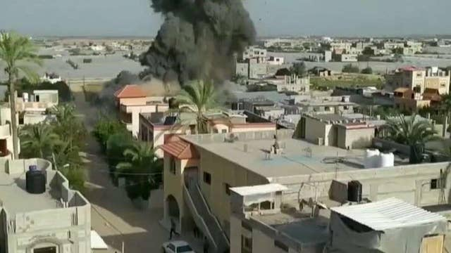 Israeli jets pound Islamic Jihad targets in Gaza as militants fire rockets into southern Israel
