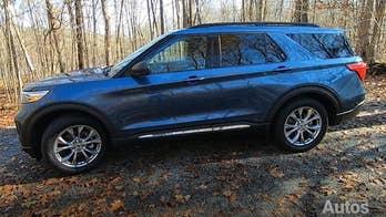 2020 Ford Explorer test drive