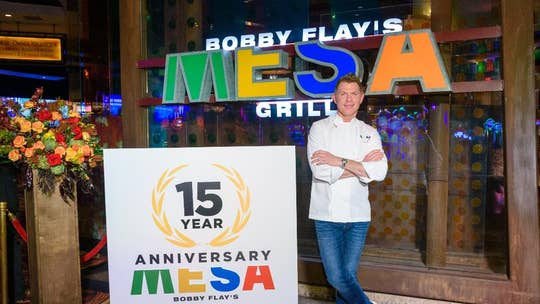 Celebrity chef Bobby Flay talks plant-based meat, Thanksgiving tips