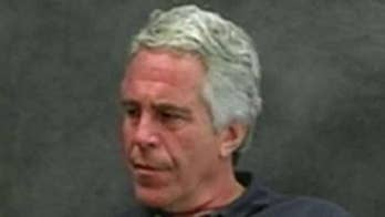 Prison guard implicated in Jeffrey Epstein's death willing to cooperate with feds