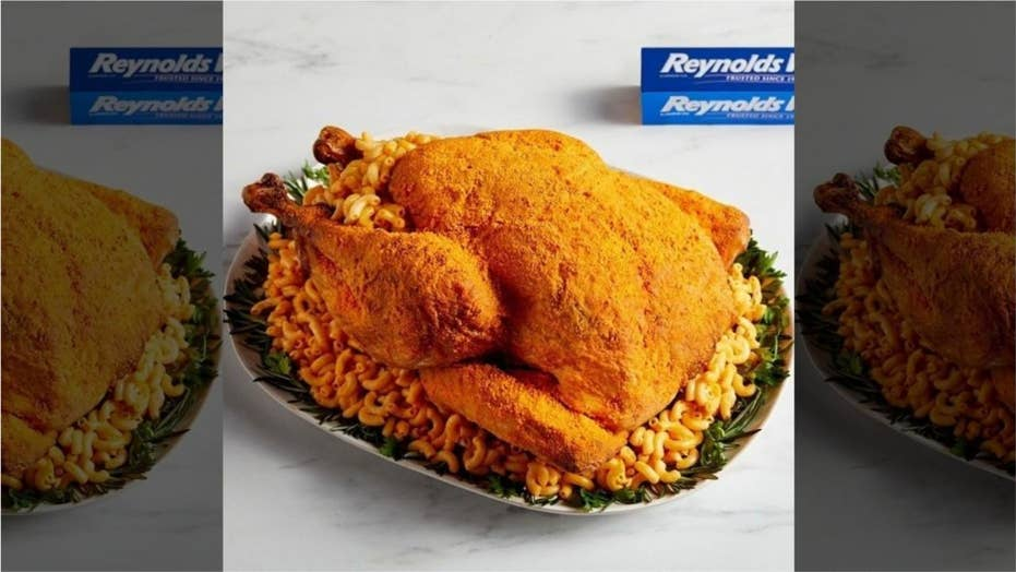 Mac and cheese Thanksgiving turkey is the latest recipe from Reynolds Wrap