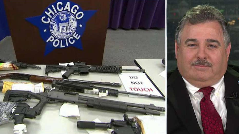 Chicago police praised for taking 10,000 guns off the streets in 2019