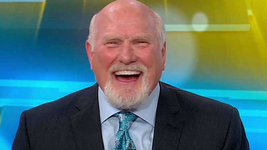 Terry Bradshaw shares his Thanksgiving Day NFL game predictions